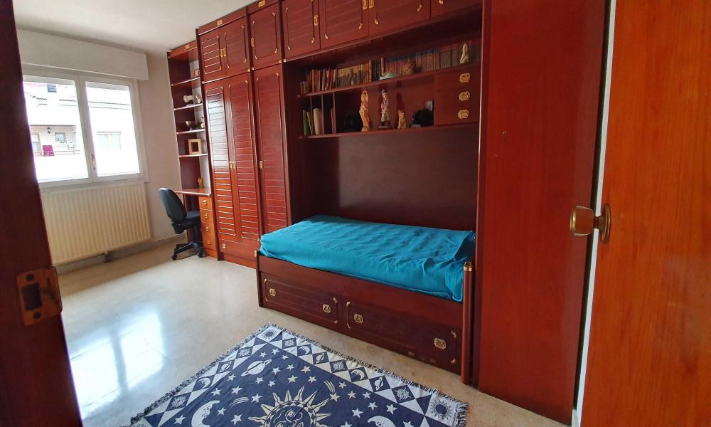 94 Avenida Cesáreo Alierta, San José, 3 Habitaciones Habitaciones, ,1 BañoBathrooms,Piso,En Alquiler,Avenida Cesáreo Alierta,9,1011